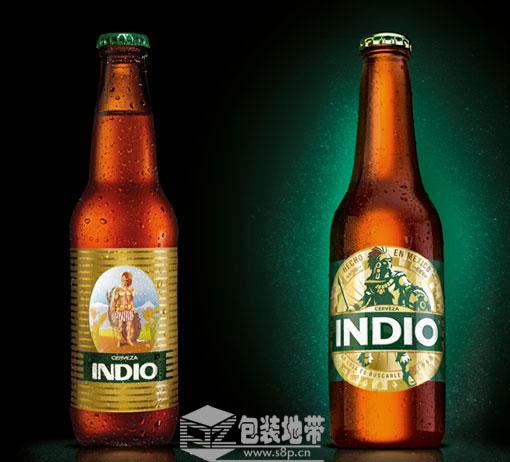 卡通人物风格的啤酒瓶